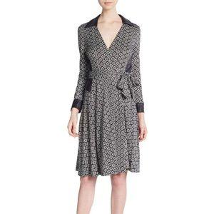 """NWT Diane von Furstenberg """"Rosie"""" printed silk, 12"""